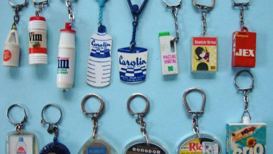 Une collection de porte-clés
